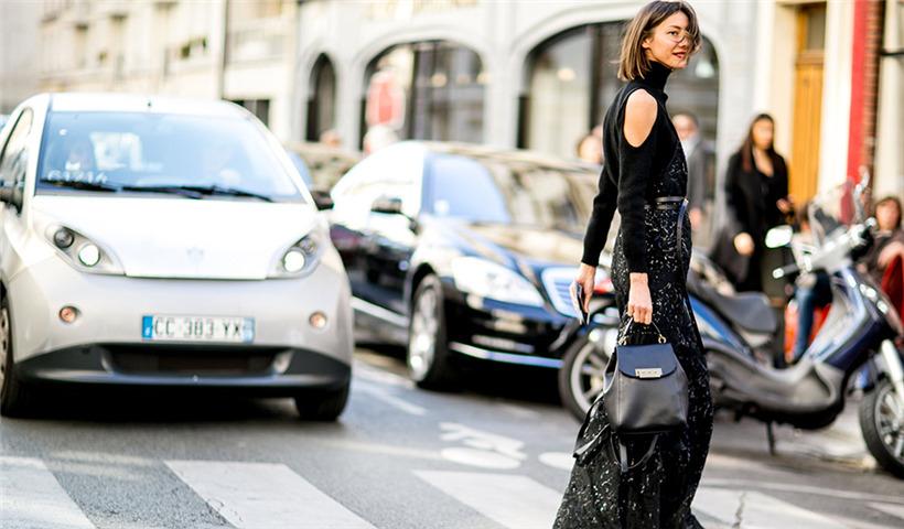 周冬雨唐嫣都爱的平底鞋 你该买几双才能时髦度夏呢?