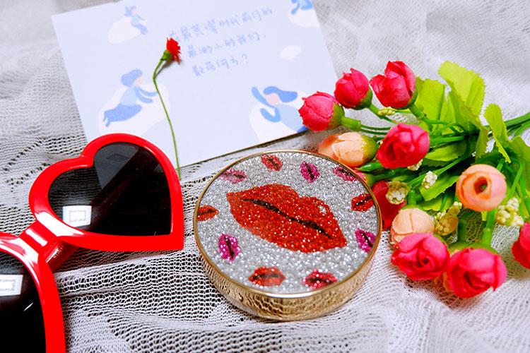 冬日浪漫枫叶红妆,冬日里一抹红唇最动人心