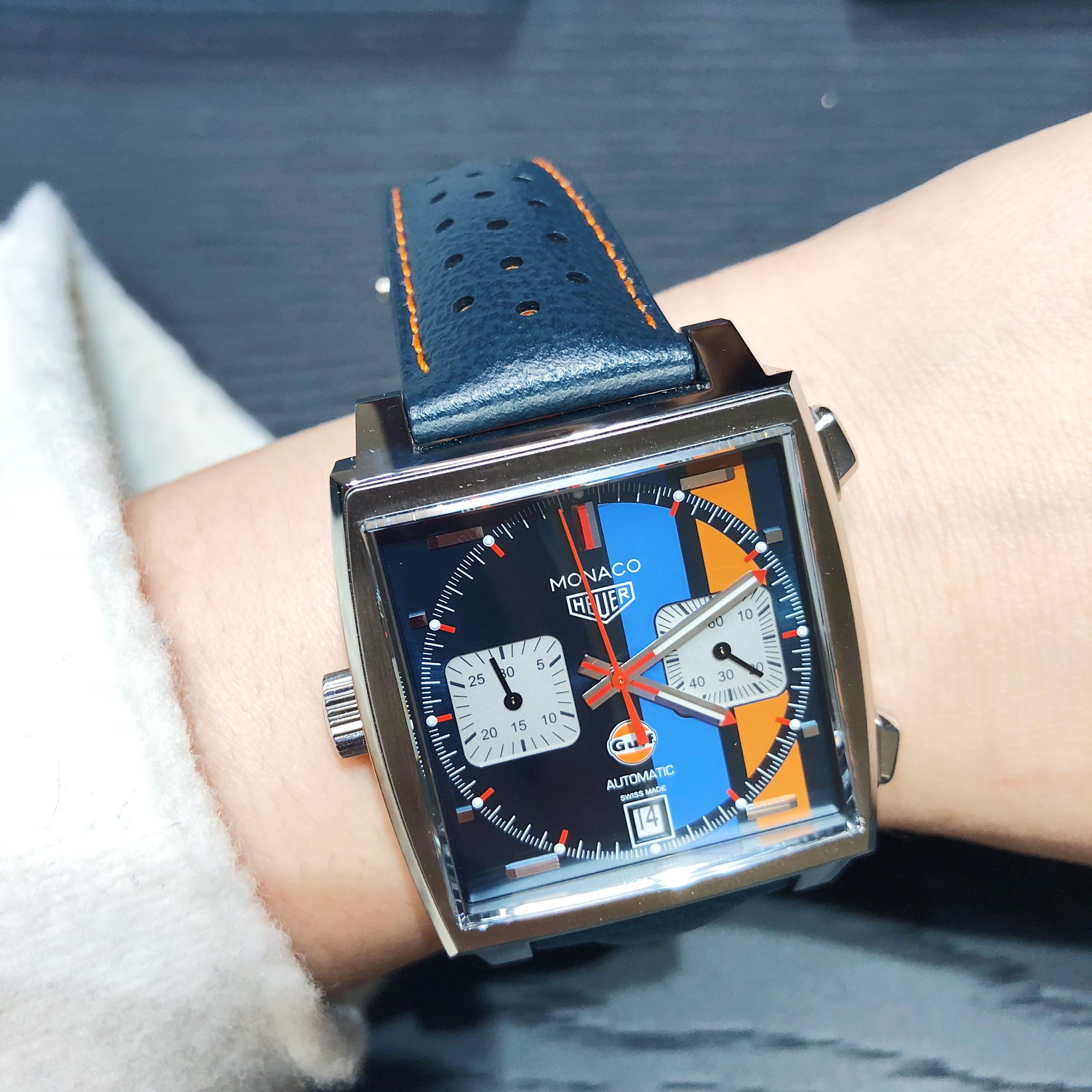 泰格豪雅蓝盘摩纳哥复刻版腕表
