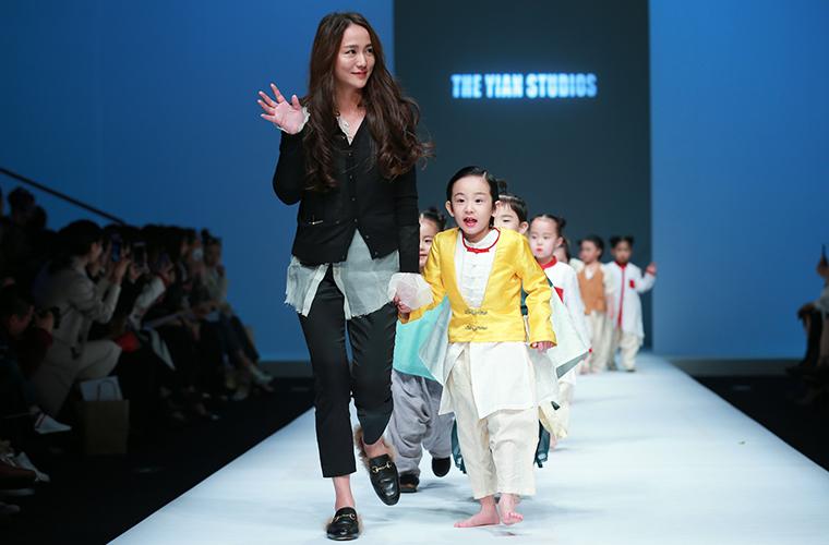 YIAN陆恩华中国国际时装周掀起古风汉韵